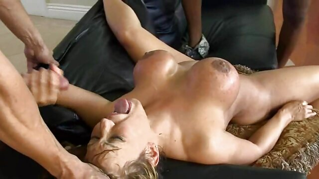 Տաք պոռնո առանց գրանցման  Ծիծիկներ-Latin լավագույն եւ անվճար սեքս shit, կրծքեր, Հանդիսատեսը