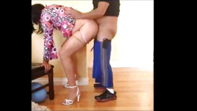 Տաք պոռնո առանց գրանցման  Աղջիկ, աքաղաղ էշի վիդեո պոռնո կայքեր մեջ