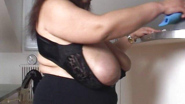 Տաք պոռնո առանց գրանցման  Ճաշակել Scarlett է կենդանի վիդեո կայքը սեքս սենյակ.
