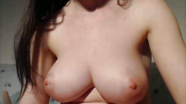 Տաք պոռնո առանց գրանցման  Dain 2020 անվճար սեքս Jones sexy թաց Ռումինիայի աղջիկները սիրում են զգալ ամեն թիզ ներսում